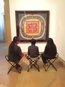 students-at-the-museum_22423766389_o