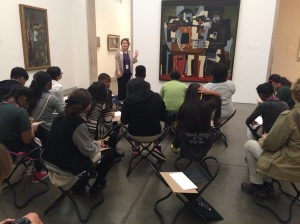 students-at-the-museum_22815938155_o